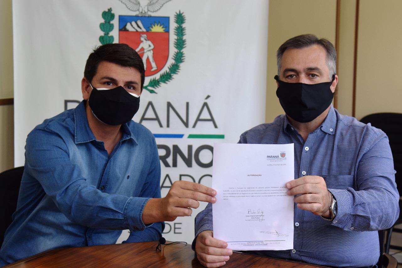 Noticia Destaque CIS-Comcam é o primeiro a assinar o novo Consórcio de Saúde do Paraná